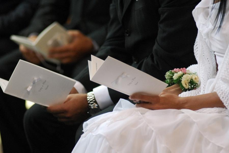 Le 8 letture più belle per un matrimonio in chiesa  La Venere di