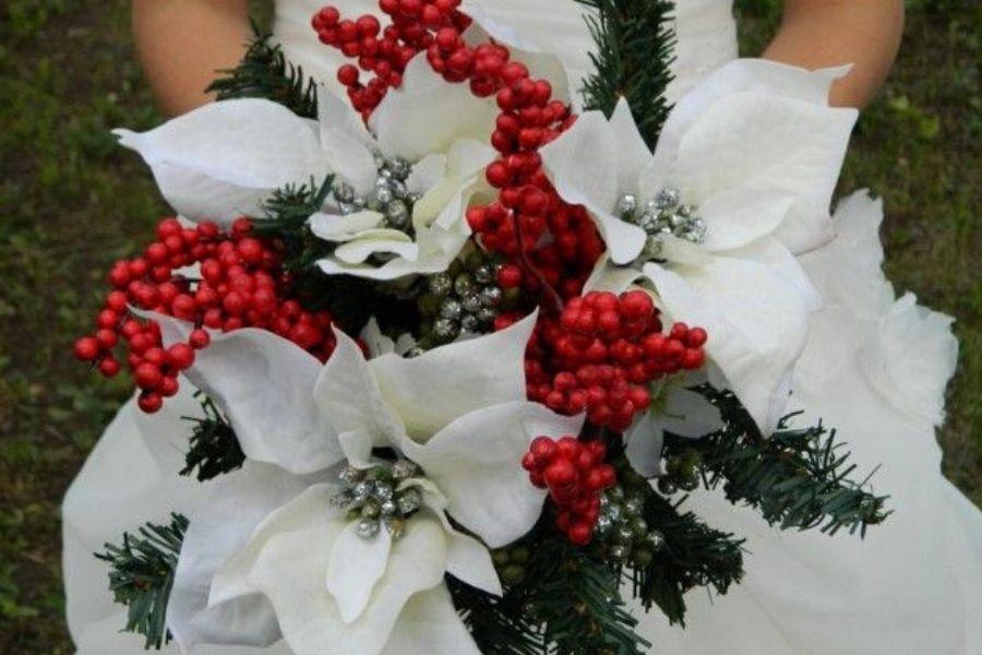 Sposa natalizia: qual è il look perfetto se ti sposi a Natale