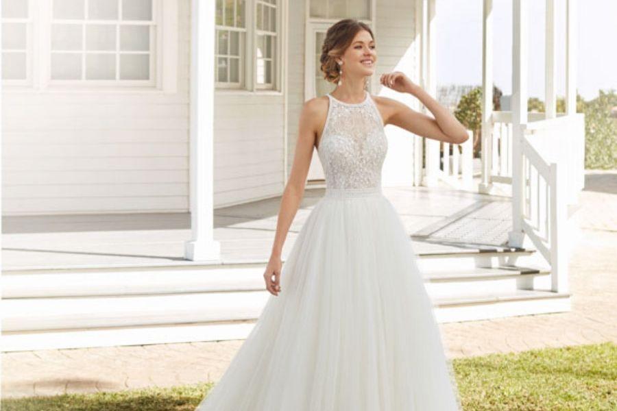 Quale abito da sposa per slanciare la figura